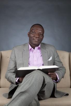 Pastor_Bo1